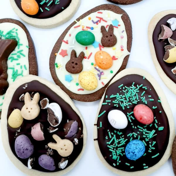 Vanilla Shortbread Easter Biscuits